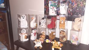 Rare beanie baby with cases for Sale in Philadelphia, PA