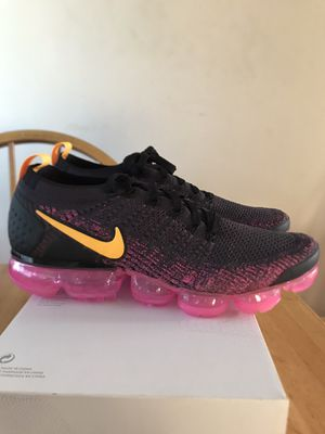 Brand new Nike air vapor max flyknit pink blast premium shoes (women's 12, men's 10.5) for Sale in La Mesa, CA