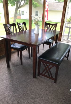 6 piece kitchen dining set. for Sale in Central Lake, MI