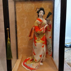 VINTAGE Japanese Porcelain Geisha doll w/ Original Glass And Wood case for Sale in Tacoma, WA