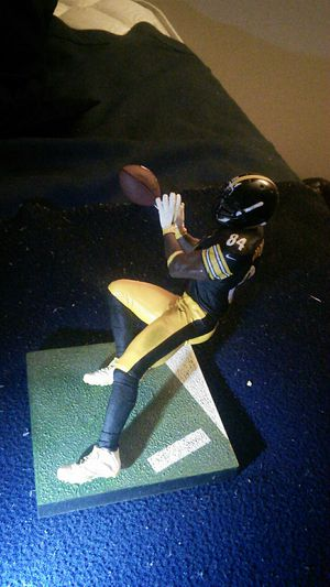 NFL figure for Sale in Brunswick, OH