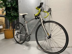 Women's SPECIALIZED Dolce Elite Cycling bike for Sale in Washington, DC