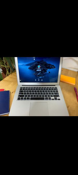 """Macbook Air (mid2019) 13"""" for Sale in Maywood, IL"""