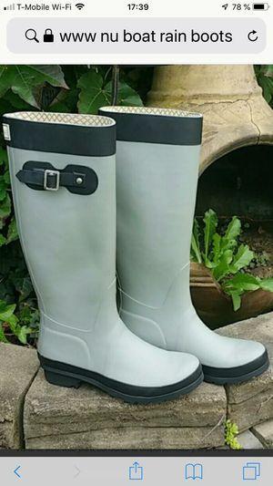 Rain Boots woman's size 7 for Sale in Miami Beach, FL