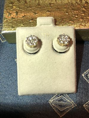 10k yellow gold .90 ct diamond earrings for Sale in Duncanville, TX