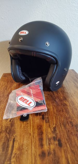 Large BELL Custom 500 Helmet for Sale in Fresno, CA