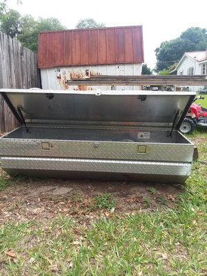 In bed no show tool box for Sale in Fort Meade, FL