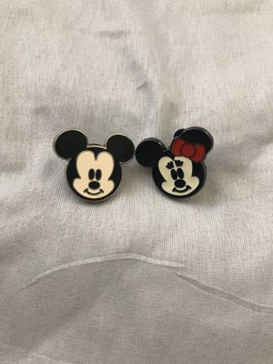 Mickey and Minnie Mouse Disney pins for Sale in San Diego, CA