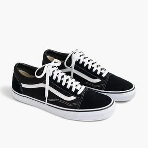 Shoes VANS 7.0 and 6.5 women and 5.5 men NEWS for Sale in Rancho Dominguez, CA