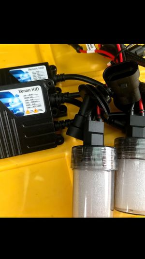 H11 MODEL Car XENON HID lights kit. Complete set with WARRANTY for Sale in West Covina, CA