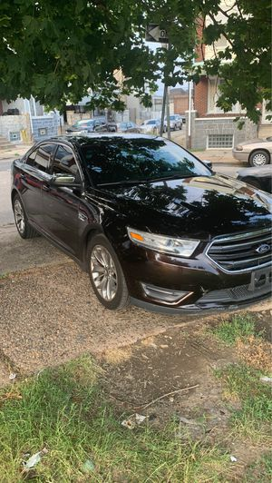 Ford Taurus for Sale in Philadelphia, PA