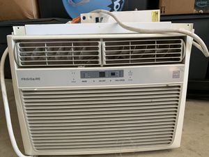 Window AC unit for Sale in Walnut, CA