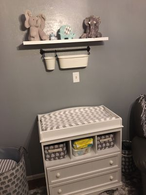 Crib and Changing table for Sale in Los Nietos, CA