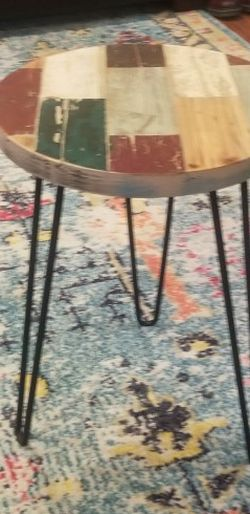 Boho Reclaimed Wood Round End Table Hairpin Legs for Sale in Covington,  WA