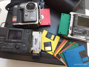 3 sony mavicas with 128gb smart media floppy diskette for Sale in Seattle, WA