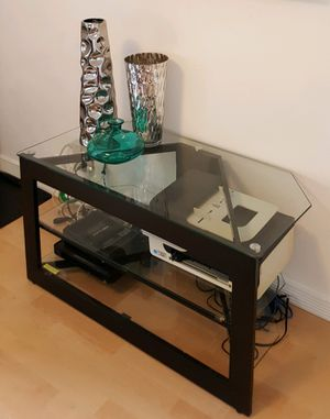 Metal & Glass TV & Electronic Equipment Table for Sale in San Francisco, CA