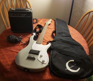 Electric guitar with amplifier Peavey Rockmaster for Sale in Northglenn, CO