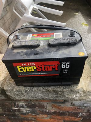 2 batteries for $60 each for Sale in Detroit, MI