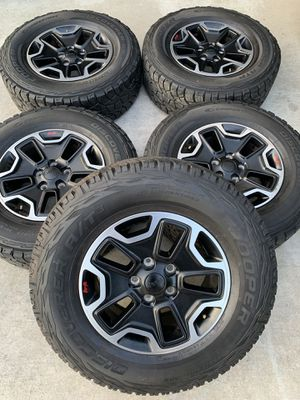 Jeep wrangler rubicon wheels for Sale in Bloomington, CA