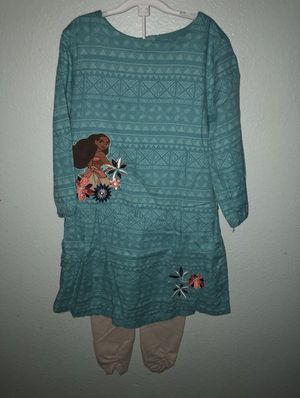 Size 4 to 5 Moana clothing lot for Sale in Carrollton, TX