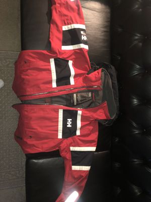 Red helly Hansen (large) for Sale in UNIVERSITY PA, MD