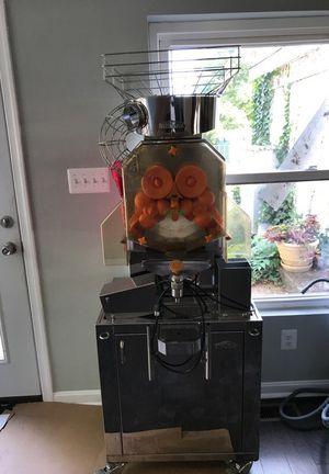 Fresh squeezed orange juice and grape fruit Machine for Sale in Fairfax, VA