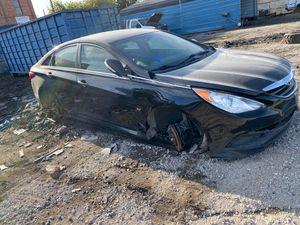 Hyundai Sonata parts for Sale in Stockton, CA