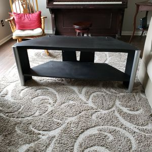 TV Stand. FREE for Sale in Carmel, IN