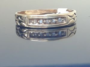 Vintage 10k yellow gold Diamond Wedding Band Ring 1.8 grams Size 8 for Sale in Fort Pierce, FL