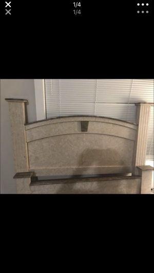 Queen complete bedroom set 250 for Sale in Seattle, WA