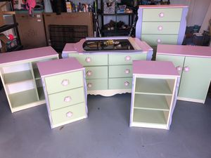 6 pc Ashley kid's bedroom furniture for Sale in Chesapeake, VA