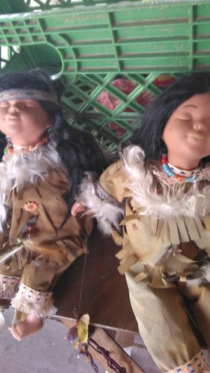 2 NATIVE AMERICAN ANTIQUE DOLLS for Sale in Tucson, AZ