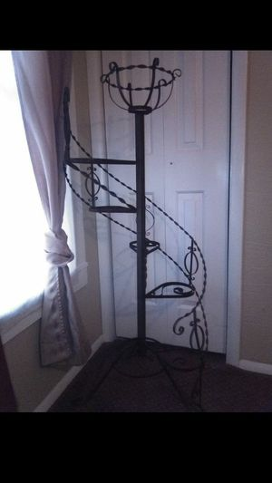 Vantage wrought iron plant holder for Sale in Hartford, IL