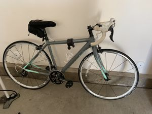 Cannondale Caad 10 Road Bike (2014, lightly used) for Sale in Escondido, CA
