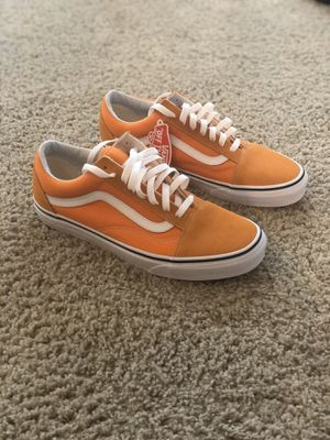 Vans old skool cheddar and white sz 9.5 men's for Sale in Henderson, NV
