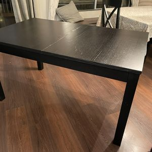 Black Extendable Dining Table for Sale in North Bend, WA