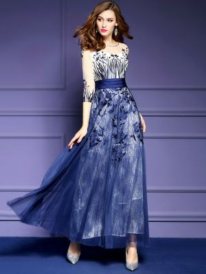 Exquisite evening gown , prom or formal dress for Sale in Wilderville, OR