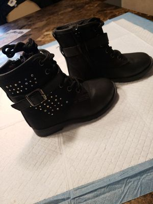 Super cute toddler girl combat boots size 9 for Sale in Oak Lawn, IL