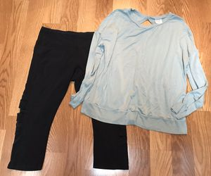 Ladies Women's Clothes Exercise Workout Size XL for Sale in Spring, TX