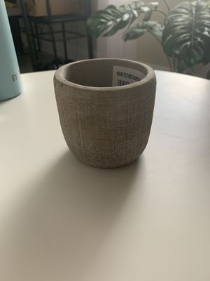 Small gray plant pot for Sale in Pittsburgh, PA