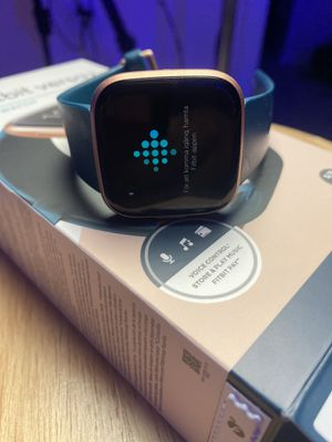 Fitbit Versa 2 for Sale in Newport News, VA