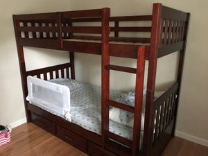Discovery World Twin Over Twin Bunk Bed for Sale in Kirkland, WA