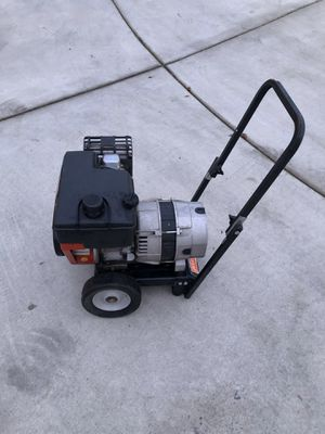Generator 6.0HP 2500 Watt CRAFTSMAN Gas Powered for Sale in Lynnwood, WA