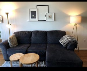 Amazing couch! Sectional & pull out - like new!! for Sale in Brooklyn, NY