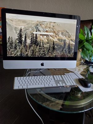 IMac 21.5-inch  i5 desktop for Sale in Phoenix, AZ