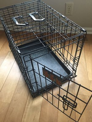 """Small dog crate 23"""" L x 14""""W x 16"""" H for Sale in NEW CUMBERLND, PA"""