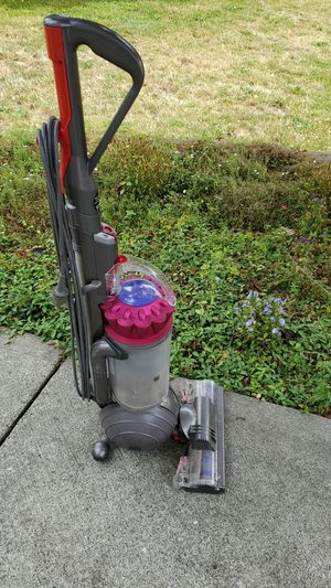 Dyson vacuum cleaner. for Sale in Everett, WA