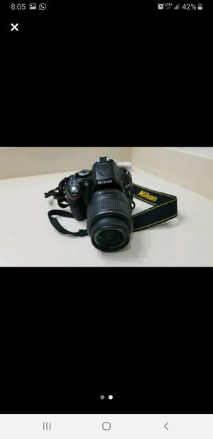 Nikon D5200 24.1 MP Digital SLR Camera-Black (Kit w/ VR 18-55mm) for Sale in Carrollton, TX