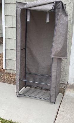 Portable Wardrobe Closet for Sale in Rialto,  CA