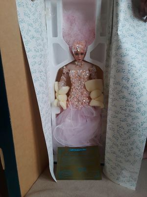 Vegas by Rustie antique doll for Sale in Fresno, CA